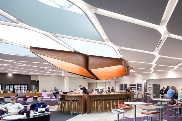 Virgin Australia Airport Lounge, Brisbane by Tonkin Zulaikha Greer.