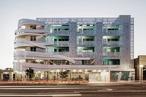 Hot House: La Brea apartments