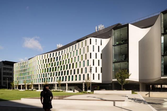 Graduate Hospital Apartment Buildings