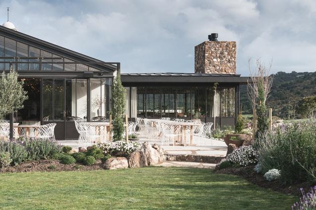 Hospitality & Retail winner: Tantalus Estate, Waiheke Island by Cheshire Architects.
