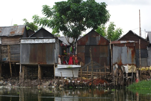 Informal settlements like Karail next to Banani Lake in Dhaka, Bangladesh, can offer lessons in resource efficiency, waste reduction and material flow management to most cities.