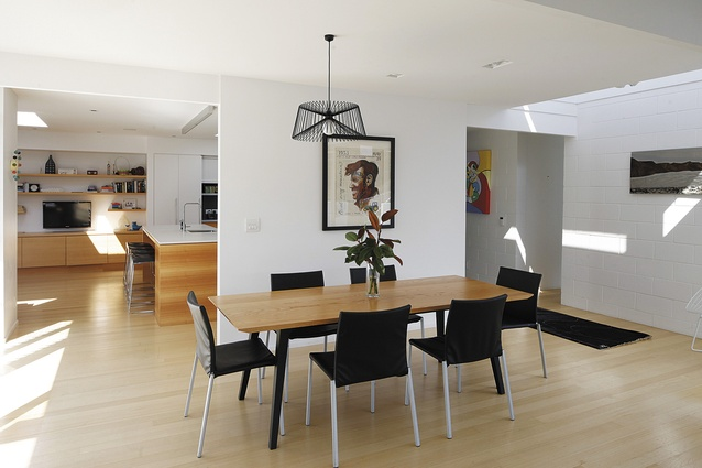 Meadowbank kitchen by godward guthrie architecture for Guthrie dining