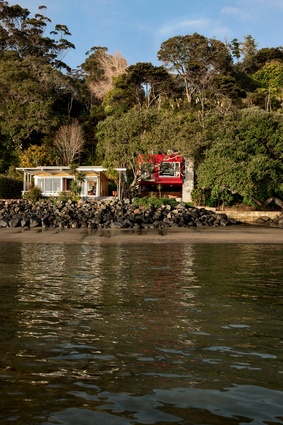 Nestled amongst pohutukawa, a 'tree house' is the ideal addition to this bach property.