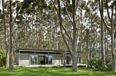 Soft Context/Soft Architecture: 8 New Zealand landscapes