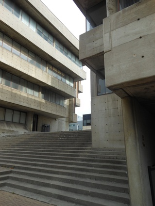 Scarborough College, University of Toronto (1965) by John Andews.