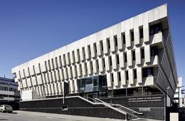 National Library of New Zealand Te Puna Matauranga o Aotearoa