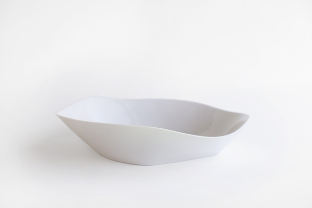 "HAAND Lynx bowl | <a href=""http://lawninteriors.com/products/haandlynxbowl"" target=""_blank""><u> $524 from Lawn Interiors.</u></a>"