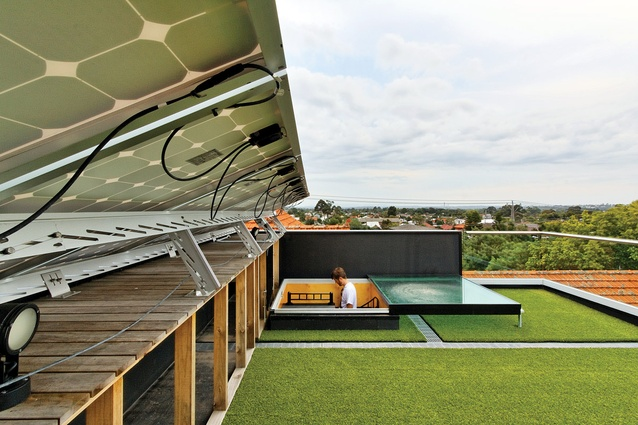 Ilma Grove (2010): a roof terrace is clad with artificial turf that doubles as insulation.