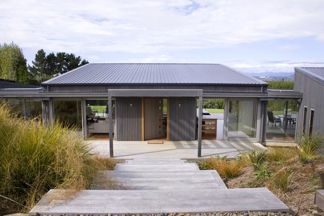 Housing winner: Paerata Ridge House, Waiotahe by Architecture Page Henderson.