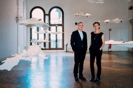 Future Islands opens in Venice