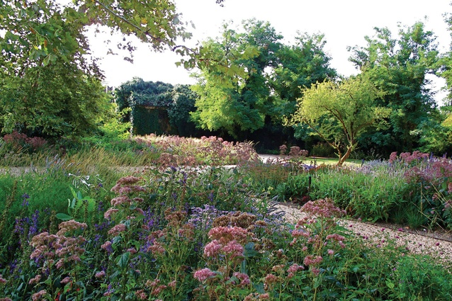 Going dutch il giardino delle vergini architectureau for Designing with plants oudolf