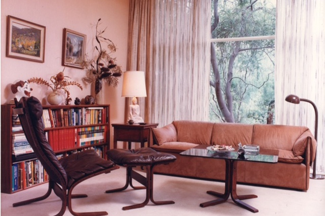 The library of the Le Lievre family home in Mount Waverley, Victoria, 1979.