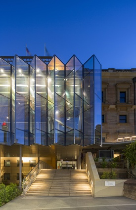 Australian Museum Crystal Hall by Neeson Murcutt Architects Pty Ltd / Joseph Grech Architects.