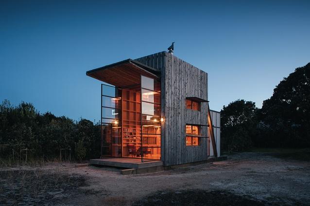 Hut on Sleds, Whangapoua.