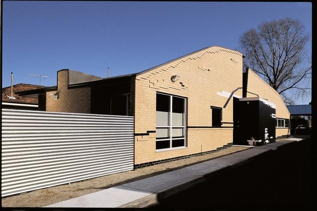 Howard Kronborg Medical Clinic, Melbourne (1993).