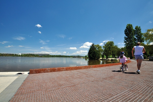 Canberra Central Parklands: R G Menzies walk traces the shoreline of Lake Burley Griffin.