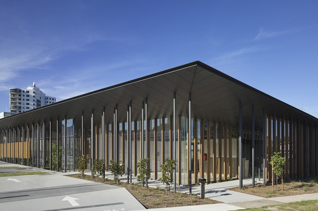 Ormuz Specialist Eye Clinic (QLD) by Loucas Zahos Architects.