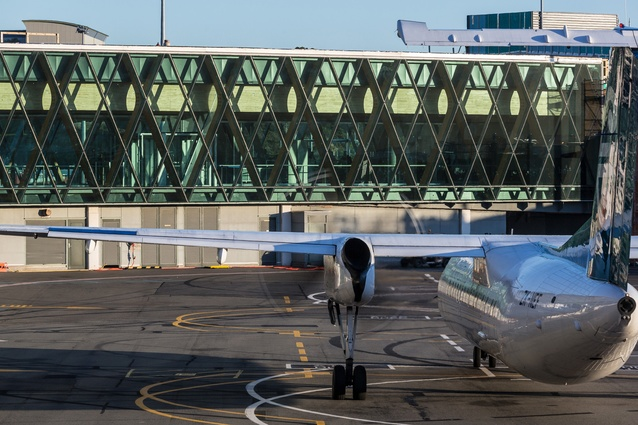 Skipper was project architect for the enormous Wellington International Airport South Terminal Expansion project by Warren and Mahoney, completed 2016.