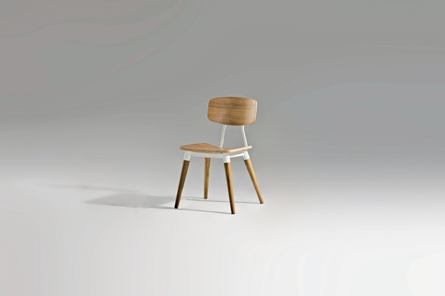 Copine chair.