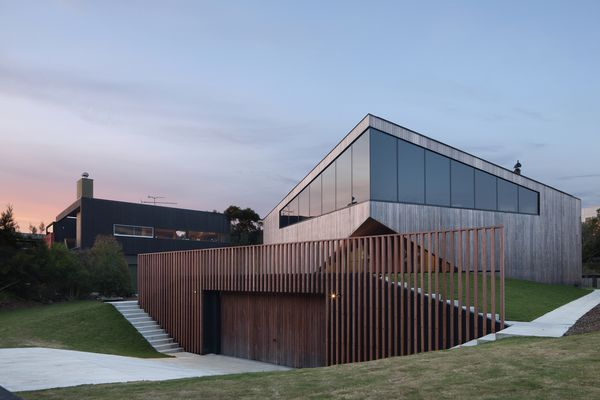 Aireys House by Byrne Architects.