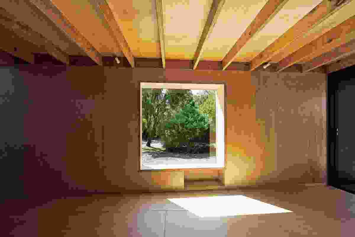 Karri Loop House by MORQ.
