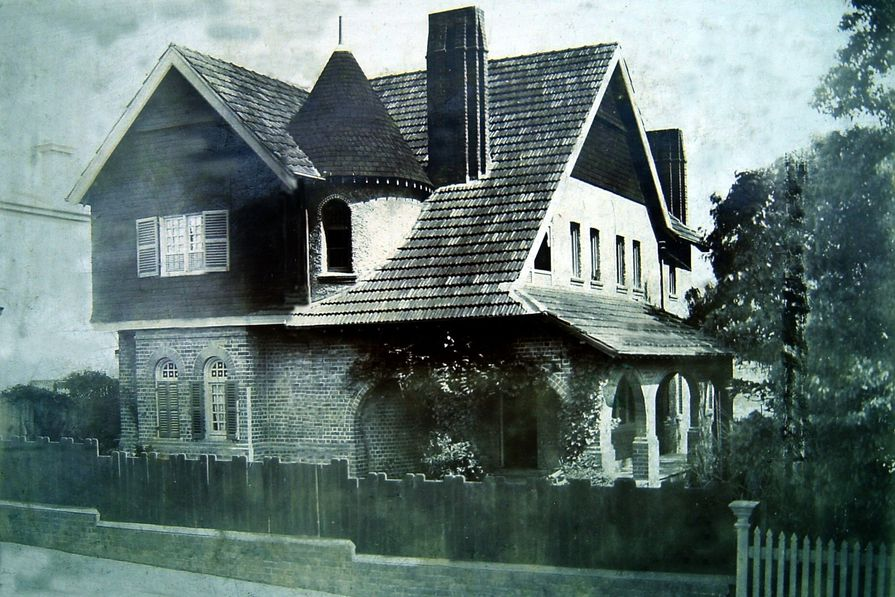 Jackson's house, Hanney, built in the 1880s in Alfred Street, Cammeray.