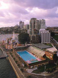 The new 25 metre pool perches above the existing North Sydney Olympic Pool taking full advantage of the fabulous site.