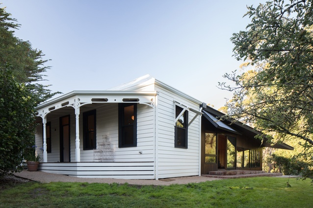 Shadow Cottage Daylesford by MRTN Architects.