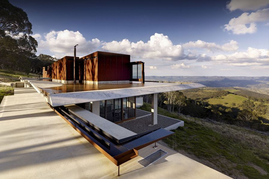 Invisible House by Peter Stutchbury Architecture.