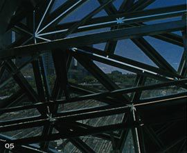 Detail looking through the structure of the south Atrium over the railway lines. Image: Trevor Mein.