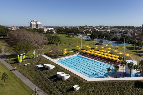 Prince Alfred Park and Pool (NSW) by Sue Barnsley Design and Neeson Murcutt Architects.