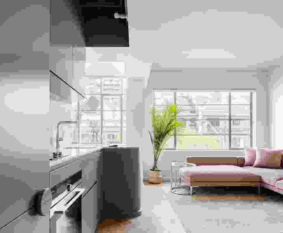 Challis Avenue Apartment by Retallack Thompson.