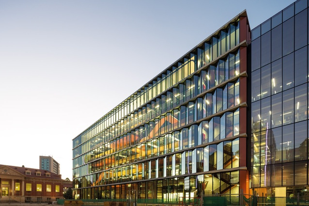 The Braggs (2012) by BVN is the new Institute for Photonics and Advanced Sensing (IPAS) and an undergraduate teaching facility at the University of Adelaide.