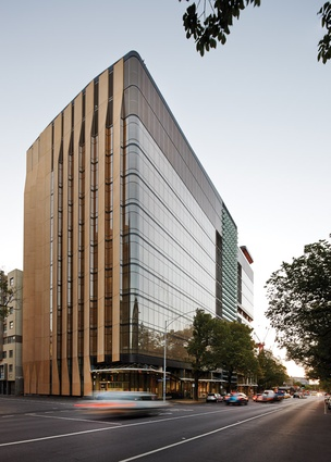 The building contains facilities for medical research and academia and, with three street fronts, it is also the public face of The Doherty Institute.