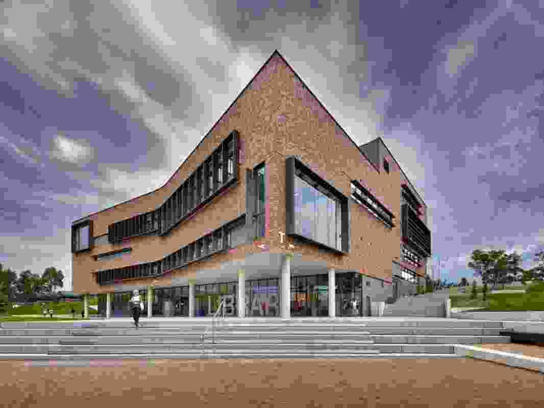 John Phillips Library, University of Western Sydney by Allen Jack + Cottier.