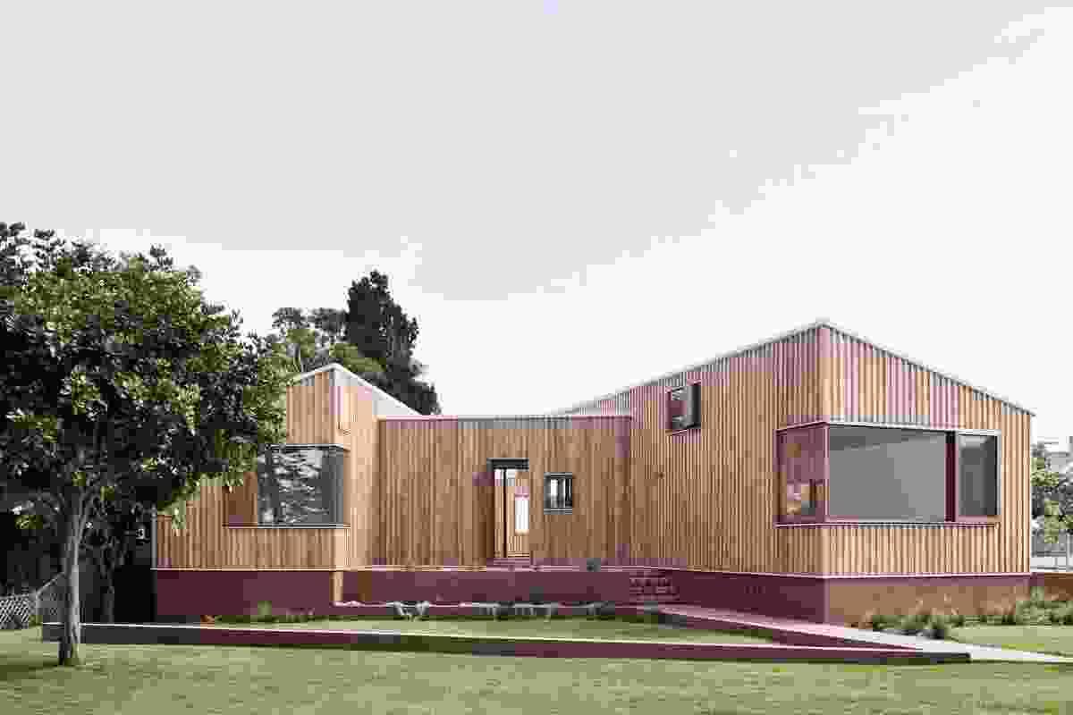 Three Piece House (NSW) by Trias.