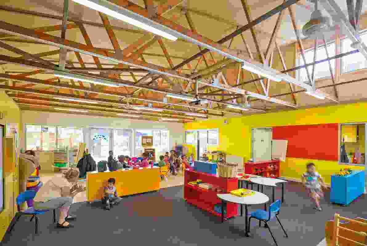 Dallas Brooks Community Primary School by McBride Charles Ryan.