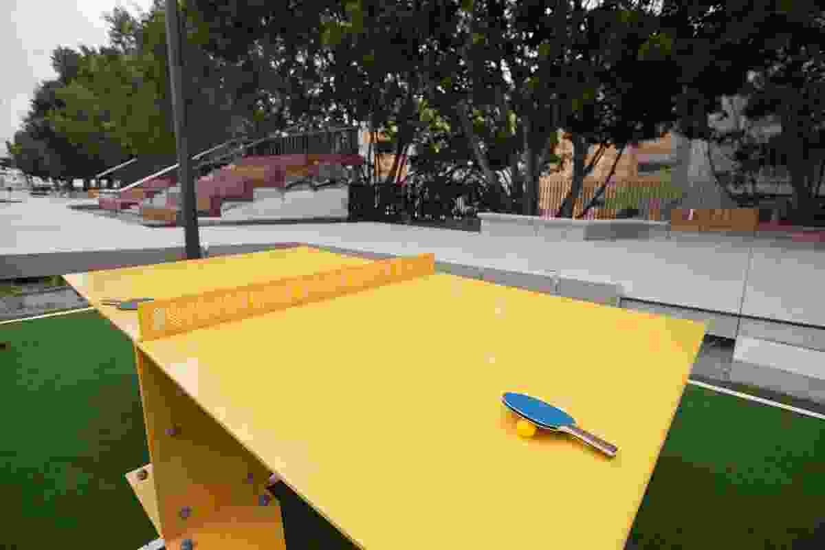 Table tennis games at The Goods Line by Aspect Studios and CHROFI.