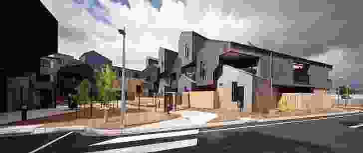 McIntyre Drive Social Housing, Altona by MGS Architects.
