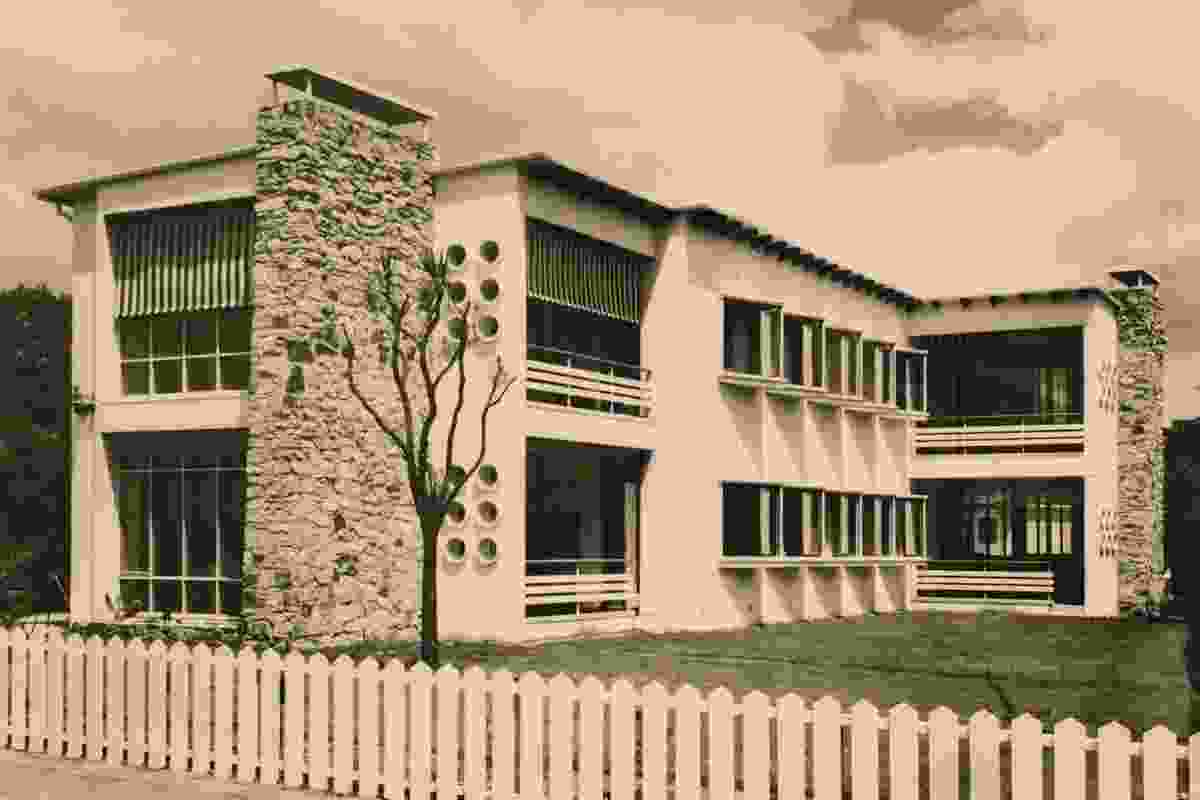 Romberg and Shaw, Glenunga Flats, Armadale, 1940.