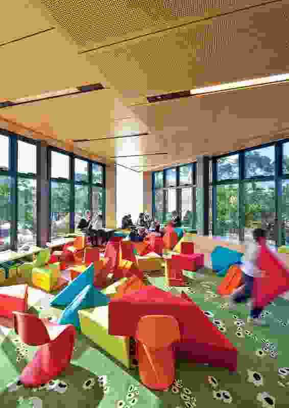 The automated operable windows in the library provide cross-ventilation.