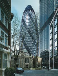 Foster and Partners, Swiss Re Headquarters. London, England, 1997–2004. The appearance, structure and ventilation system bear similarities to sea sponges.
