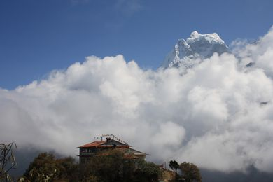View of mighty Ama Dablam en route to Portse Tenga (3600m).