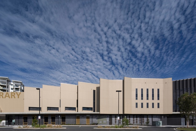 Helensvale Branch Library and CCYC by Complete Urban and Lahz Nimmo Architects in Association.