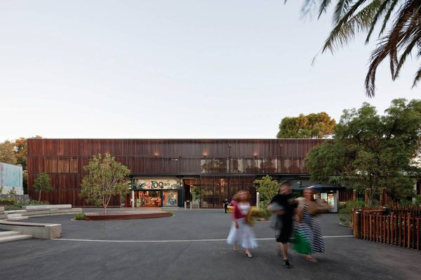 The arrival of the Giant Pandas has been the catalyst for three significant projects at the Adelaide Zoo – the forest exhibit, entrance precinct and a new perimeter fence.