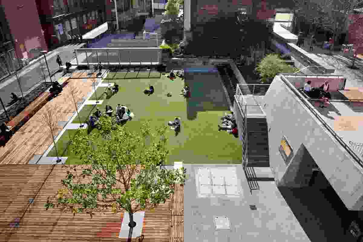 Walter Burley Griffin Award for Urban Design – University Lawn Precinct RMIT by Peter Elliot Architecture & Urban Design.