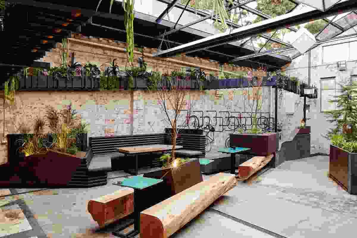Howler by Splinter Society Architecture in conjunction with Brendan Brogan.