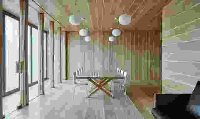 弗林德斯街106号是一个类似住宅的空间,客户可以在这里工作、会面和娱乐。