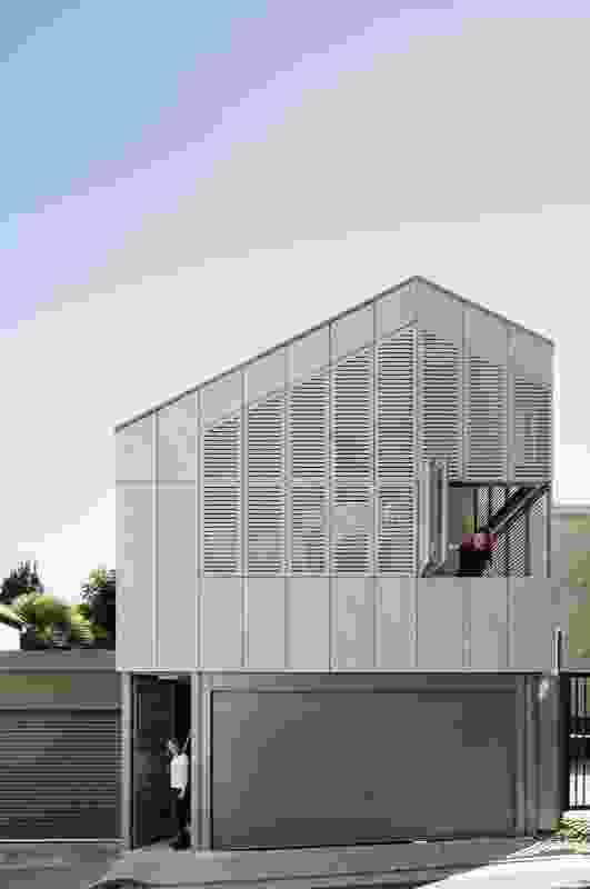 Glebe Studio by Proepper Architects with Angela Rheinlaender.