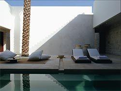 Desert Palm, Dubai, 1999–2002.Image: Jorge Ferrari.